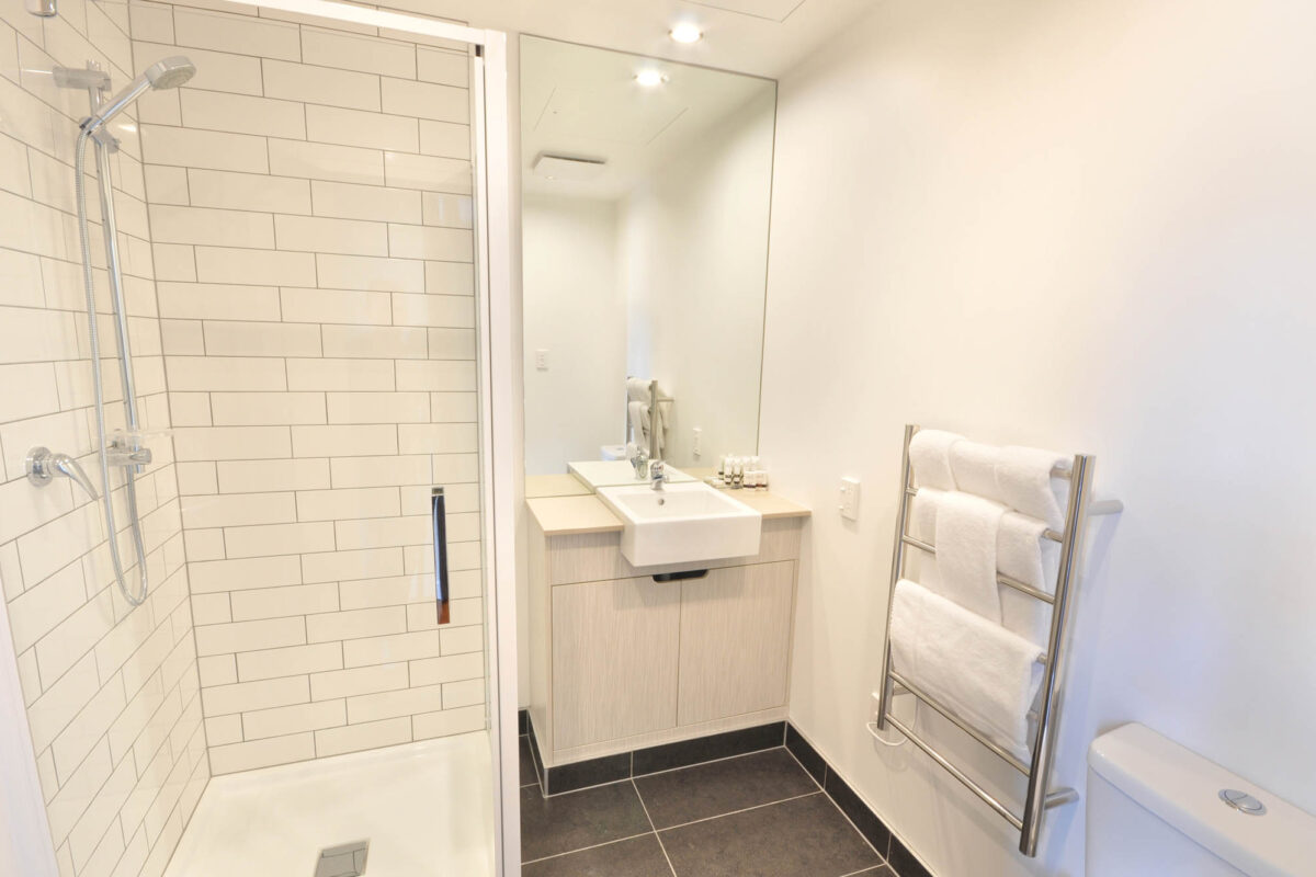 Bathroom - Boulcott Suites Executive Studio North Tower